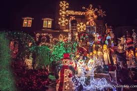 new york city the christmas lights in dyker heights brooklyn