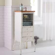 Bathroom Mirror Cabinet Ideas by Best 25 Mirror Cabinets Ideas Only On Pinterest Bathroom Mirror