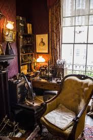 Bmw Museum Esszimmer Sherlock Holmes Museum At 221b Baker Street London England I