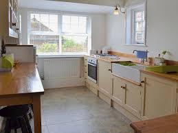Kent Kitchen Cabinets The Old Stables Ref Ukc258 In Hythe Kent Kent Cottages Com