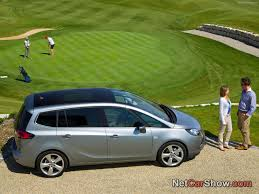 opel zafira 2012 opel zafira photos photogallery with 89 pics carsbase com