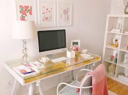 White Glass Desks by Advantages Of A Glass Computer Desk Custom Home Design