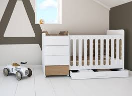 chambre bébé évolutif lit bébé évolutif mini modular natur de alondra lit évolutif en