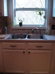 Pics Of Painted Kitchen Cabinets by Best 25 Painting Fake Wood Ideas On Pinterest Rv Cabinets