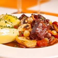 cuisiner boeuf bourguignon boeuf bourguignon facile recettes de cuisine française