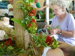 maui native plants maui jungalow making haku leis with the native hawaiian plant society