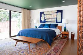 Midcentury Modern Rug Bedroom Peacock Themed Bedroom With Luxurious Feeling 9 Of 15