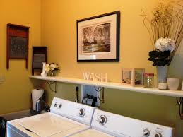 Laundry Room Decorations For The Wall by Unique Laundry Room Decor Ideas