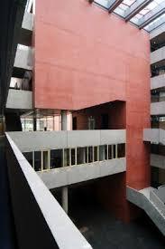 fh frankfurt architektur verwaltungsbau der fh frankfurt präzise ausführung des gefärbten