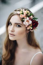 flower headpiece 19 gorgeous floral crowns for fall weddings floral crown crown