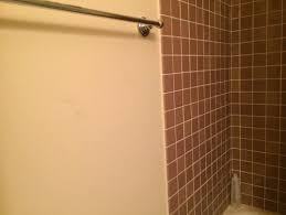what goes with brown tiles
