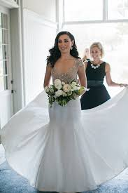 wedding dressing as seen in beth chapman s wedding dress shopping tips featured in