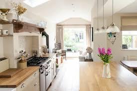 renover sa cuisine en bois on te propose 40 variantes en photos pour rénover sa cuisine