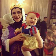 mother daughter costumes the evil queen and snow white