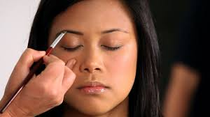 How To Fill Eyebrows How To Fill In Eyebrows For Asians Howcast The Best How To
