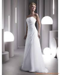 magasin robe de mariã e pas cher les 25 meilleures idées de la catégorie robes de mariée en satin