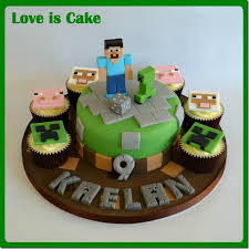 minecraft cupcakes these minecraft cake and cupcakes are blocky goodness global