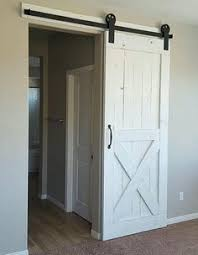 Sliding Barn Door For Closet How To Make Your Own Sliding Barn Door Barn Doors Barn And Doors