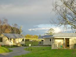 Cottages In New Zealand by Coromandel Accommodation In Motels Cottages Camping And