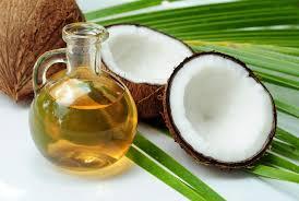 huile de coco en cuisine huile de coco 10 bienfaits santé et dangers de l huile de coco