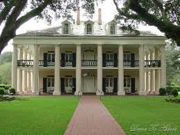 Southern Style Homes by Best 20 Plantation Style Houses Ideas On Pinterest Plantation