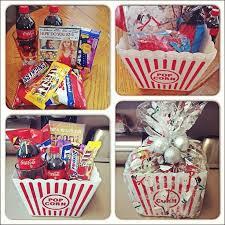 Basket Gift Ideas The 25 Best Movie Basket Gift Ideas On Pinterest Movie Night