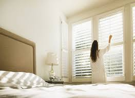 Another Word For Window Blinds The Difference Between Curtains Drapes Shades And Blinds