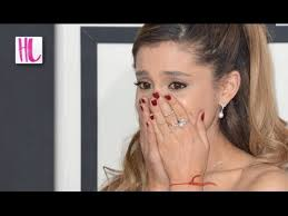 ariana grande cries at grammys over her hair falling out youtube
