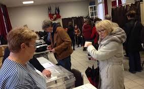 ouverture bureau de vote en images grosse affluence dans les bureaux de vote le parisien