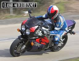 honda cbr900rr fireblade road test classic motorbikes