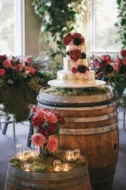 wine barrel décor to get focal charm in wedding u2013 weddceremony com