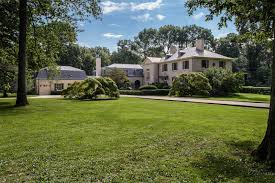 thomas hastings designed old westbury manor lists for 8m new