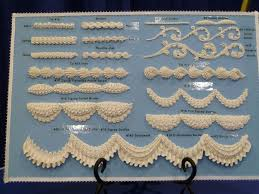 Royal Icing Decorations For Cakes 60 Best Cake Lambeth Overpiping Images On Pinterest Royal Icing