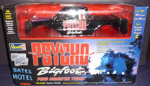 bigfoot monster truck movie amazon com revell psycho bigfoot ford monster truck 1 25 scale