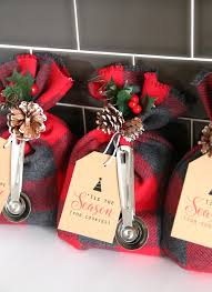 these cookie mix gift sacks make an adorable handmade christmas