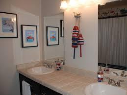 creative diy bathroom decoration ideas using material