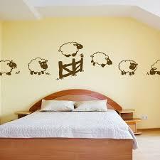 stickers mouton chambre bébé saute moutons chambre bébé audray saute mouton et