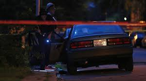 chicago halloween shooting 2 dead 21 wounded in chicago shootings chicago tribune