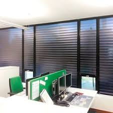 Retractable Window Blinds Roller Blinds Roller Shade All Architecture And Design