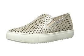 Comfortable Travel Shoes The Best Travel Shoes Hers And His Edition