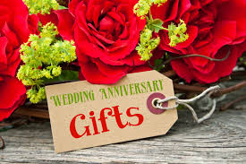 wedding anniversary gifts top 15 words memorable ideas for wedding anniversary gifts