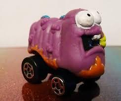 trash pack trash wheels series 2 117 scrape tapeworm purple