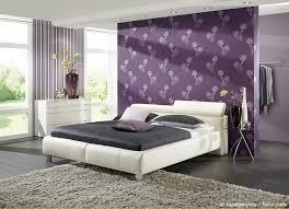 ideen tapeten schlafzimmer tapeten im schlafzimmer gestaltungsideen streifen braun beige