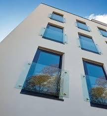 balkon glasscheiben glasgelaender de ganzglasgeländer glasklemmhalter