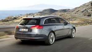 vauxhall insignia wagon opel insignia sports tourer the new wagon in elegant sportswear