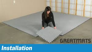 carpet tiles how to install royal interlocking carpet tiles youtube