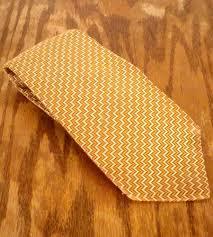 bugatti gold nwot villa bugatti gold marigold fine pattern silk tie italy x