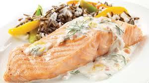 cuisiner pavé de saumon au four filet de saumon à l aneth et au citron recettes iga poisson