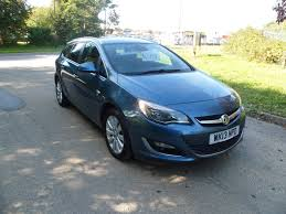 opel vectra 2000 black used vauxhall astra 2013 for sale motors co uk