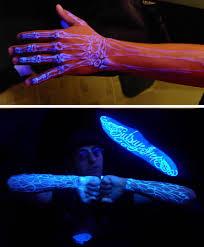 glow in the dark tattoo how long does it last 10 craziest new types of tattoos eye tattoo teeth tattoo oddee
